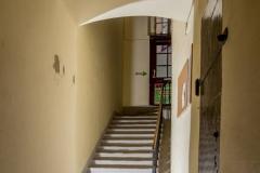 Bizalom rendelő lépcsőház